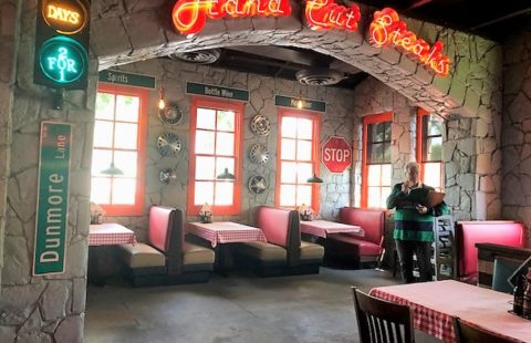 Dancing Crab - Triple Net Lease Property For Sale or Lease